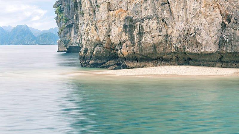 bigstock-seascape-of-Halong-Bay-Vietna-85950581