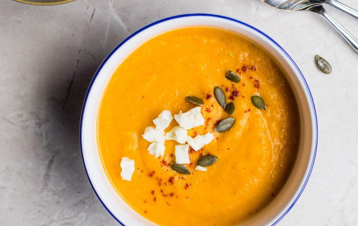 Soupe de potiron au curry et à la coco